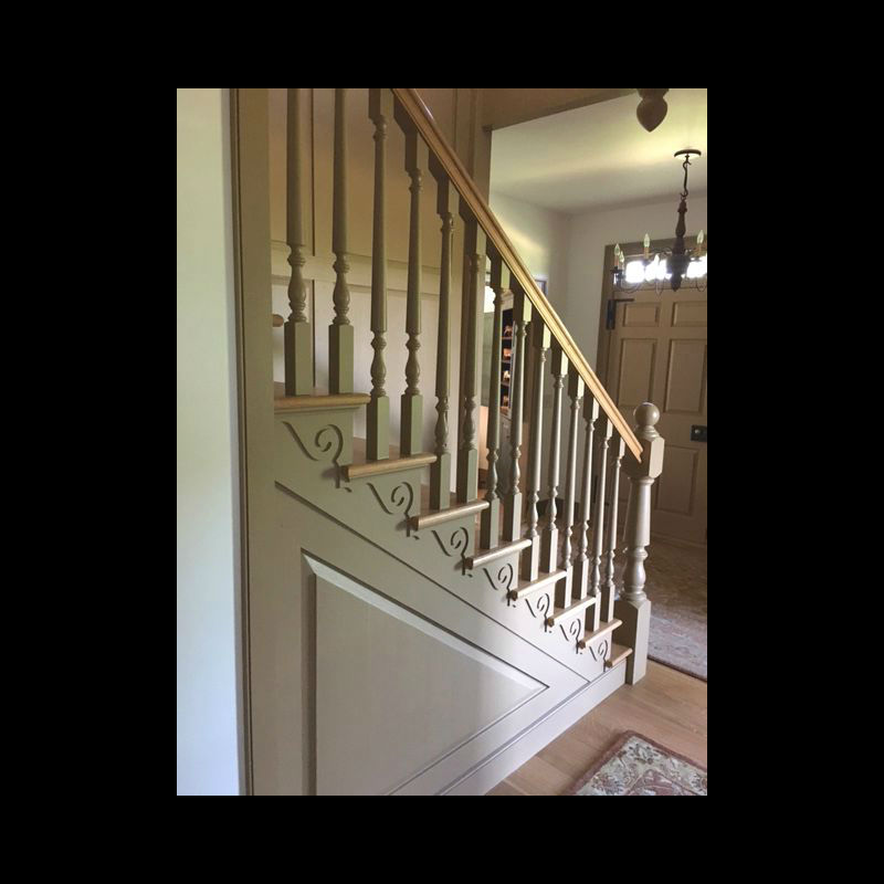 Large_Turned_Newel_Post_Paint_Grade_12A